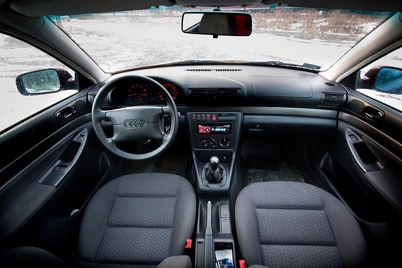 Audi A4 B5 1 6 Sedan Test 1